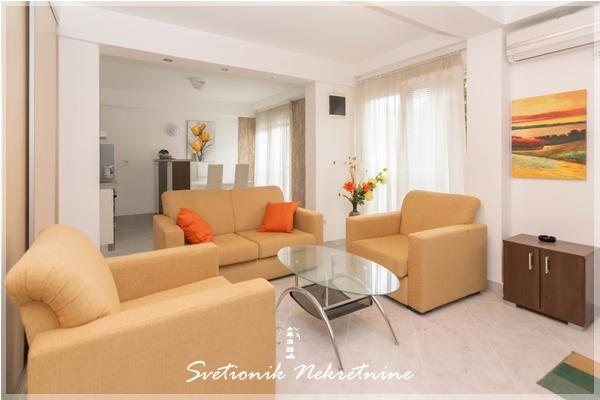 Prodaja stanova Herceg Novi - Dvosoban stan, Igalo - Petlja