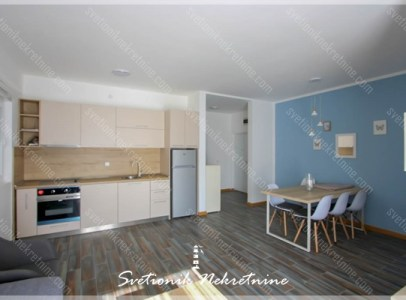 Prodaja stanova Herceg Novi - Namesten dvosoban stan sa pogledom na more, Topla 2