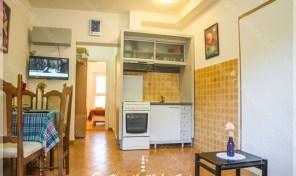 Jednosoban stan pogodan kako za zivot tako i za turisticko izdavanje – Igalo, Herceg Novi