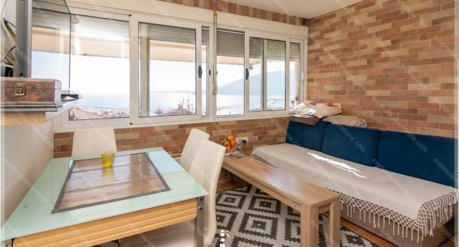 Prodaja stanova Herceg Novi - Stan sa prelepim pogledom na more, Savina