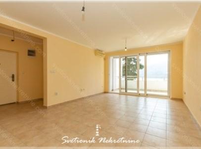 Prodaja stanova hercegnovska rivijera - Stan sa pogledom na more u kompleksu sa bazenom, Djenovici