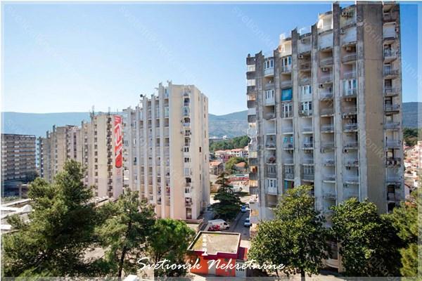 Prodaja stanova Herceg Novi - Jednosoban stan u centru Igala