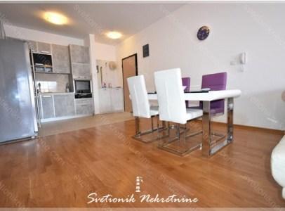 Prodaja stanova Budvanska Rivijera - Dvosoban stan na odlicnoj lokaciji, Becici