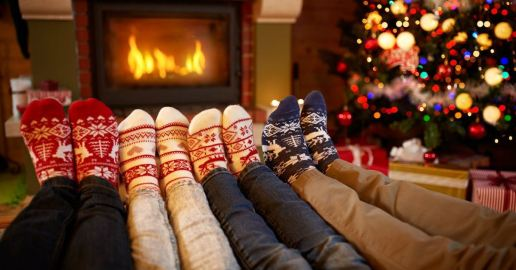 10 Best Christmas Traditions for Family Bonding - Christmas and Advent