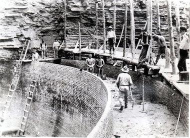 Building the Dam (2)_2.JPG