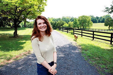 Author Jeannette Walls | Audiobook Review: The Glass Castle by Jeannette Walls | The 1000th Voice Blog