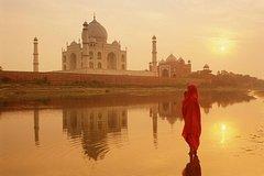 Sunrise Taj Mahal Tour with Agra Fort-skip the line