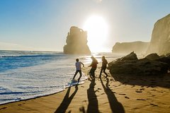 Full-Day Boutique 12 Apostles Great Ocean Road Walk with Gourmet Lunch