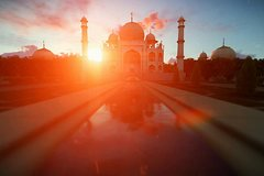 Private Agra Evening Excursion including Sunset at Tajmahal and Agra Fort