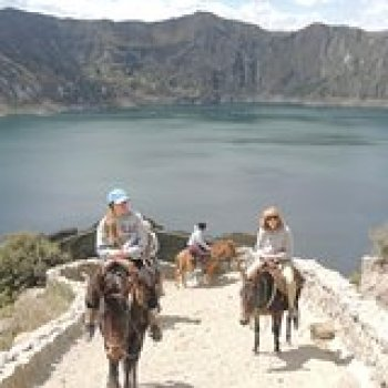 Cotopaxi Province Cotopaxi Province Quilotoa Crater Lake and Indian Market Private Tour 23463P9