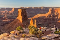 Sunrise photography in Dead Horse Point and Canyonlands National Park