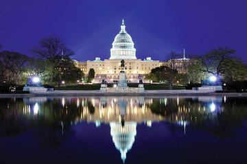 Washington DC Moonlit Tour of the National Mall with Pick-Up & Stops at 10 Sites