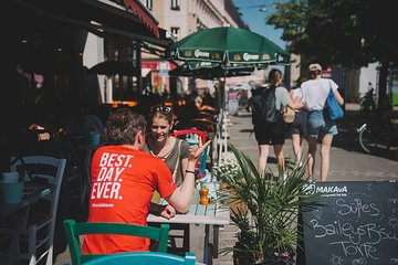 Food, Coffee and Market: Small Group or Private Walking Tour in Vienna