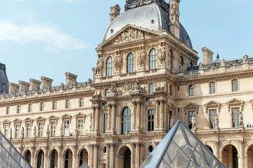 Paris Premium : The Heart of Paris Notre Dame & Louvre Museum (Private Tour)