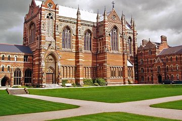 Private full day tour to Oxford and Cambridge from London with Hotel Pick Up