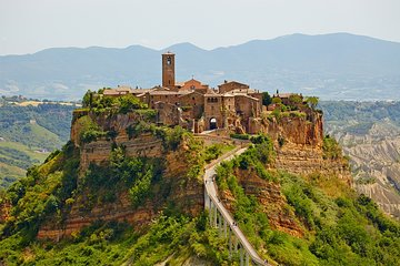 Transfer with stops: Rome-Florence with stop in Orvieto and Civita di Bagnoregio