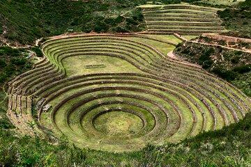 Sacred Valley Tour Pisac, Maras, Moray & Ollantaytambo and Machu picchu 2 Days