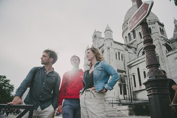 Small-Group Walking Tour of the Secrets of Montmartre