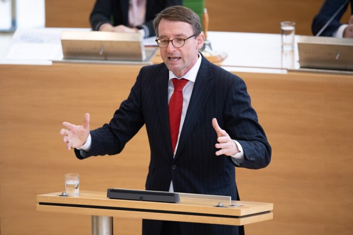 Roland Wöller (49, CDU), Interior Minister of Saxony.