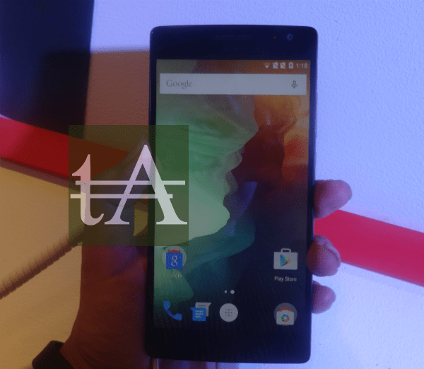 OnePlus Two Hands