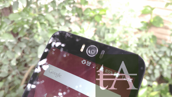 Asus ZenFone Selfie Front Camera