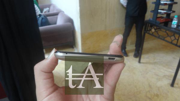 Karbonn Titanium Mach Five Micro USB