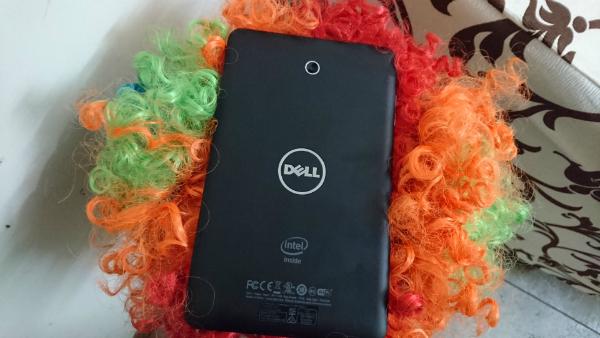 Dell Venue 7 Back