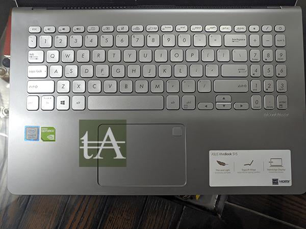 ASUS VivoBook S15 S530U Keyboard Top