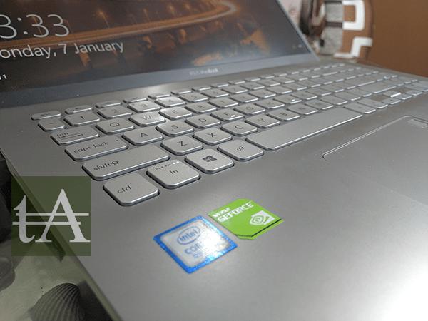 ASUS VivoBook S15 S530U Keyboard