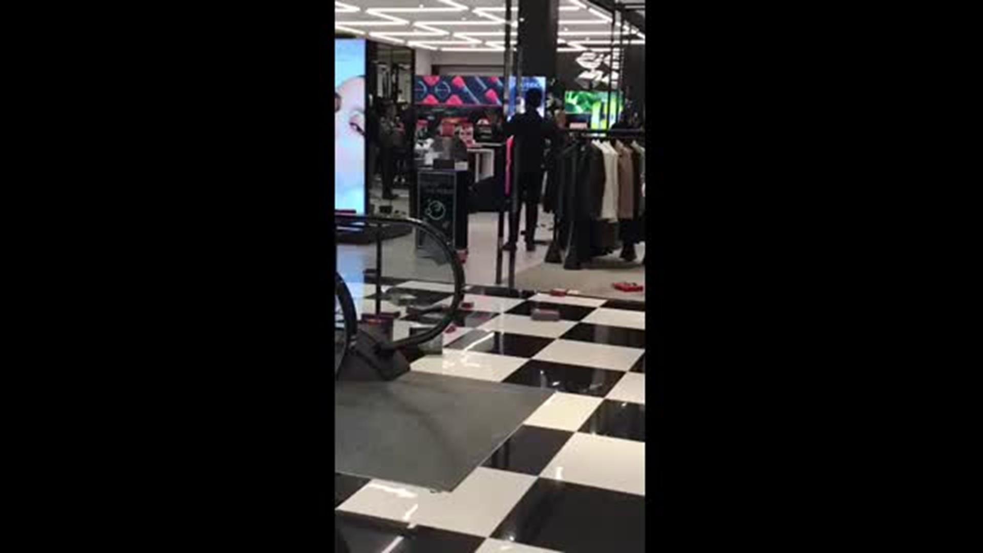 norwalk man s mall arrest