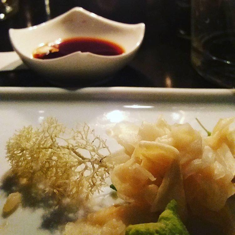 Har ikväll ätit på Ljunggrens. God mat, fast lite... skum. Har bland annat smakat lavar (torrt och lite trist). #restauranger #smakatlavar #ljungström