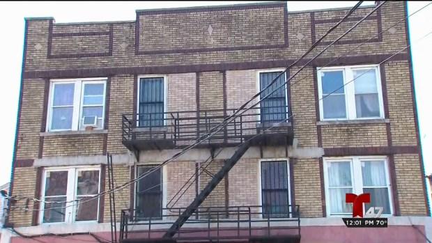 [TLMD - NY] Niña muere al caer por una ventana en Newark