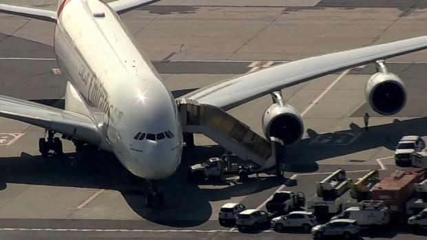 [TLMD - NY] Reportan varios enfermos en vuelo que arribó al JFK