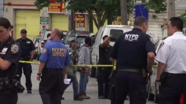 [TLMD - NY] Múltiples heridos deja balacera en nuestra área