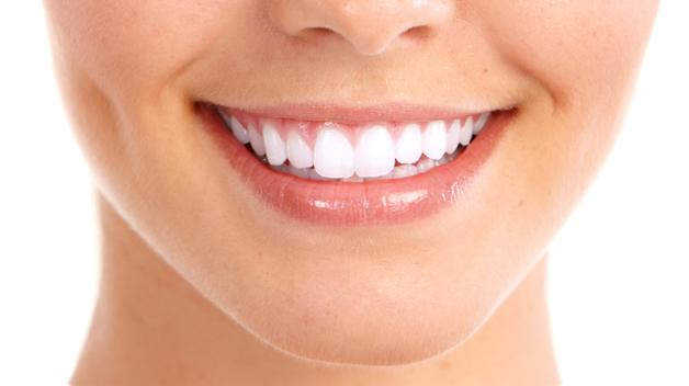 Cuantos dientes tiene un adulto en la boca