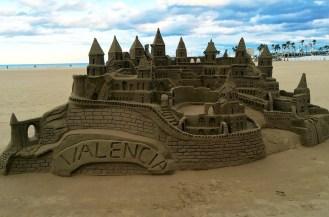 chateau de sable plage valence