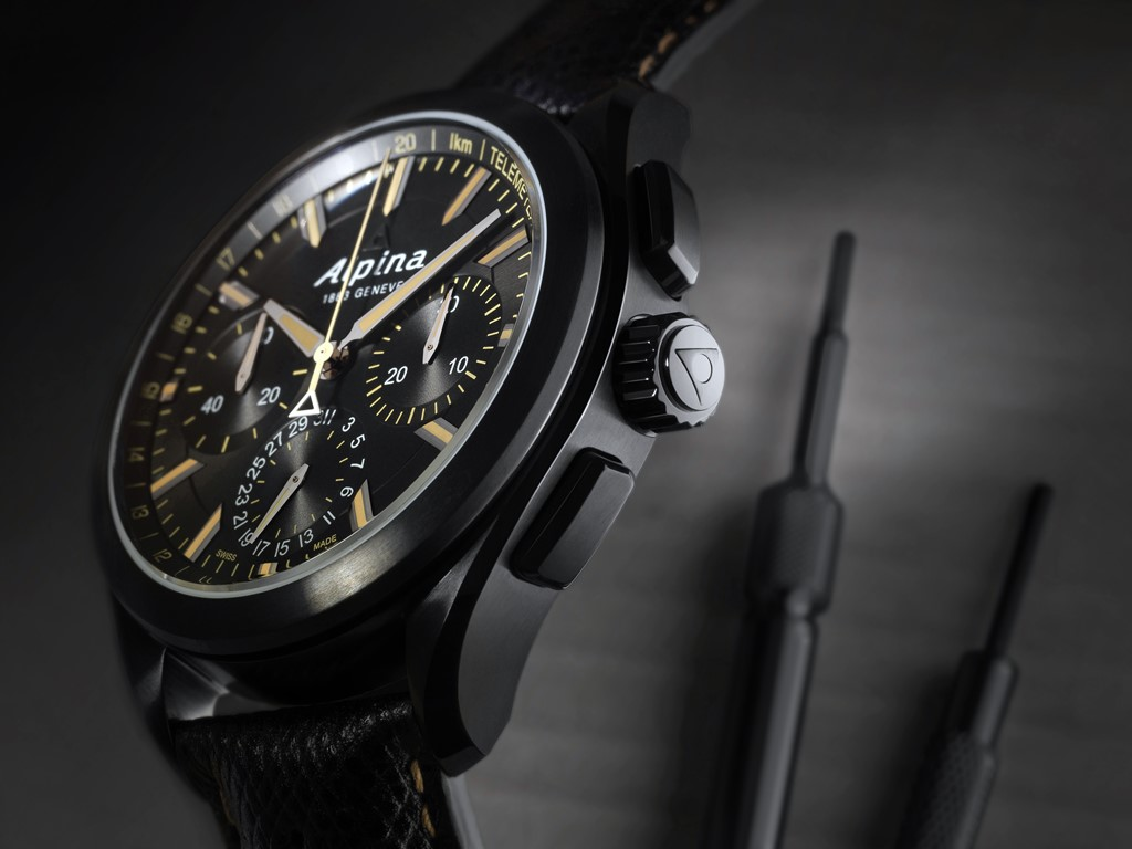 alpina alpiner 4 black edition flyback chronograph