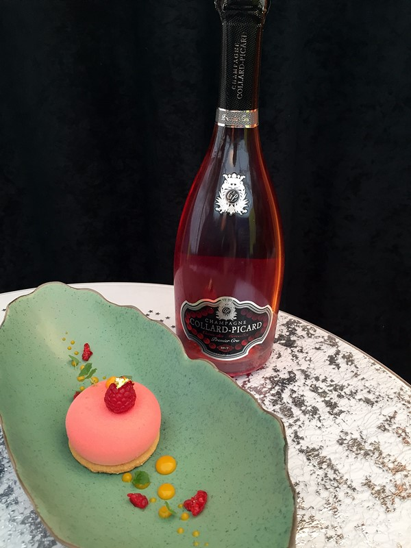chmpagne collard picard - dessert Victoria par Nathalie Gerard