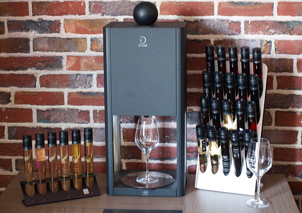 d vine la premi re machine de d gustation de vin au verre. Black Bedroom Furniture Sets. Home Design Ideas