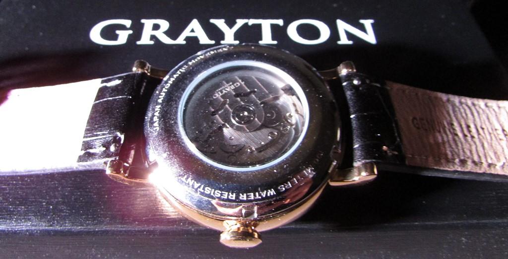 gros plan mouvement grayton watches