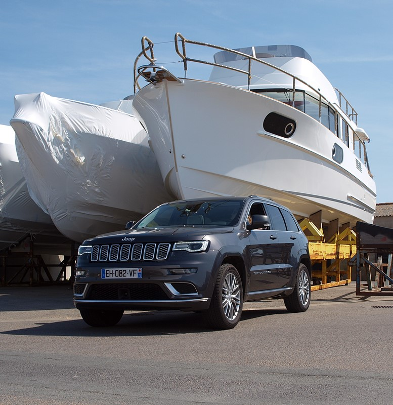 jeep grand cherokee summit signature - erika tracte bateau