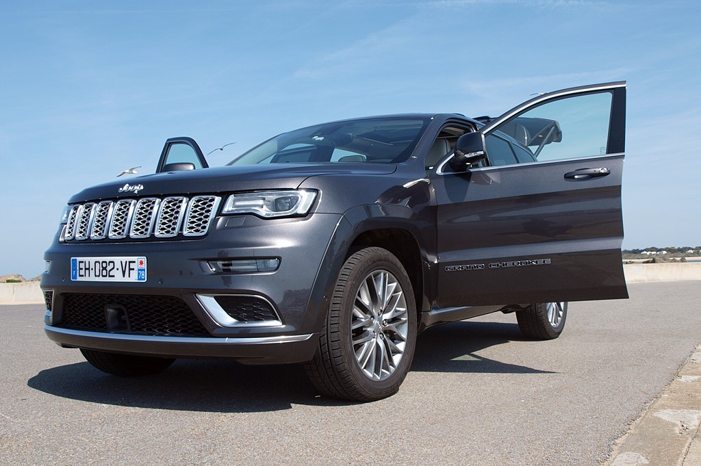jeep grand cherokee summit signature port noirmoutier