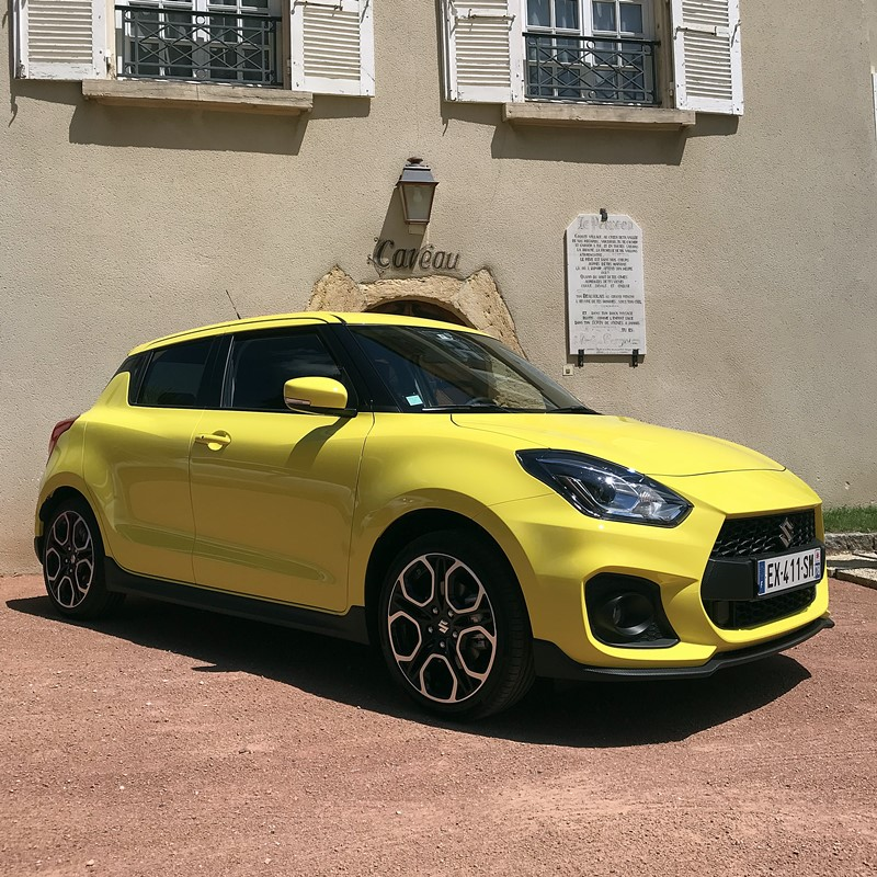 suzuki swift sport - champion yellow