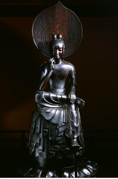 中尊寺 菩薩半跏像