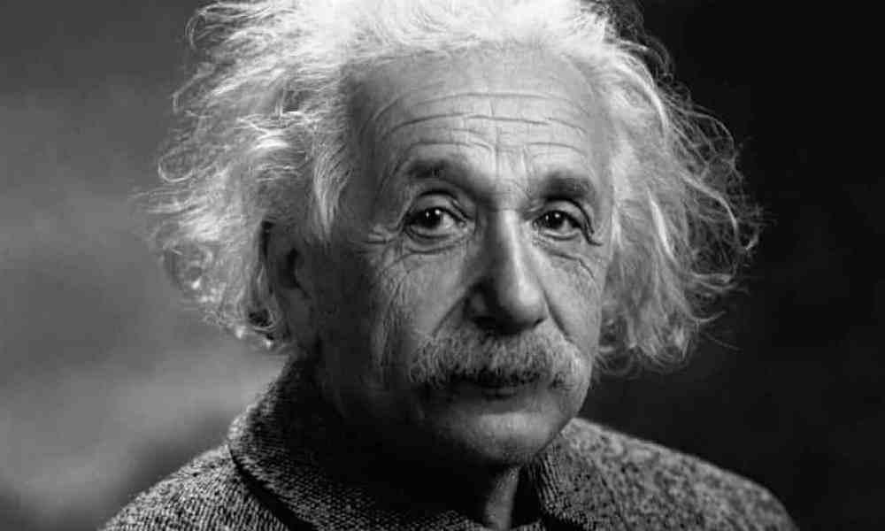 天才とは努力する凡才のことである。