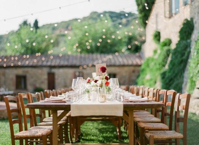 Bröllopsdukning utomhus