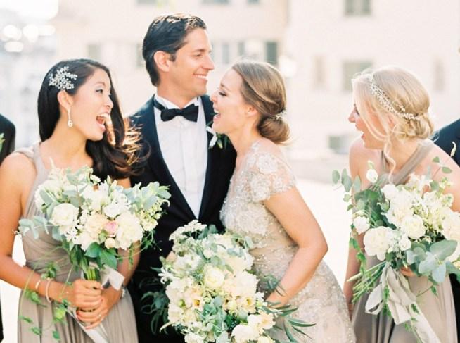Detaljrikt bröllop i grå toner Pia Clodi Peaches & Mint