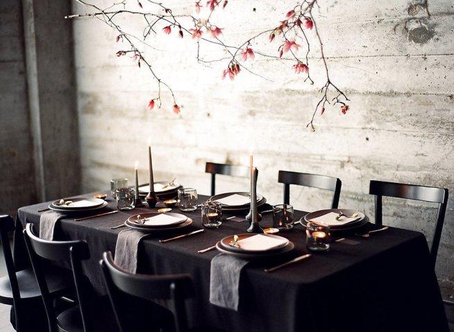 dekorera med magnoliakvistar