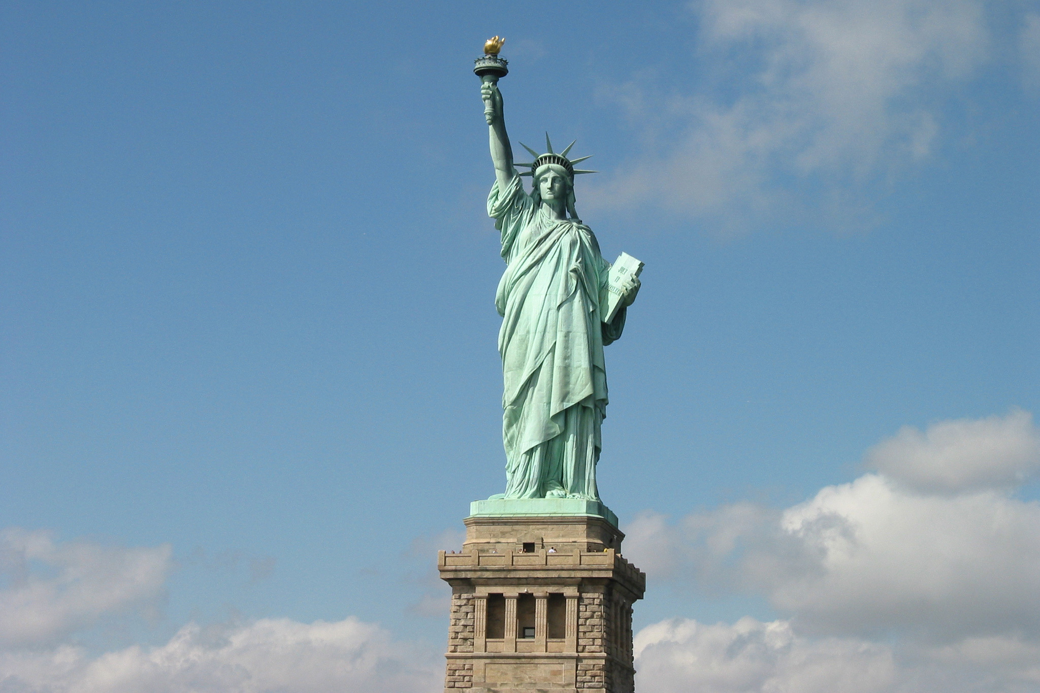 New York Attractions The Statue Of Liberty Slide Show