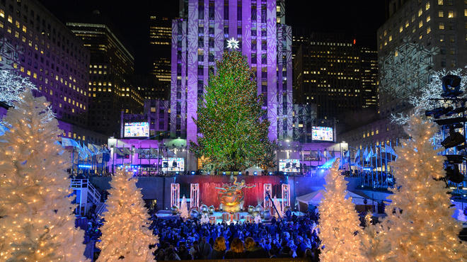 Rockefeller tree lighting photos